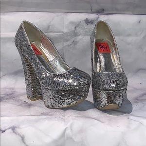 FRH silver sequin pumps size 6